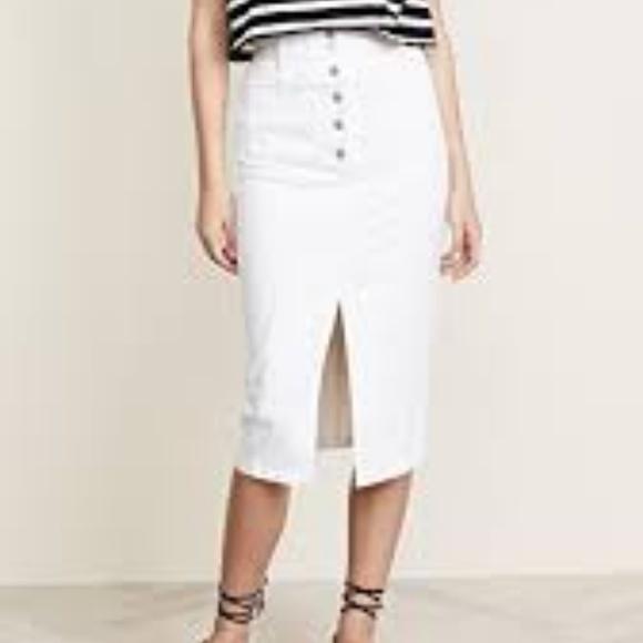 0b4003f258 Madewell White High-Slit Jean Skirt. M_5b6a5b9bde6f629654c42fec